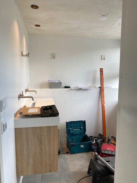 verbouwing badkamer, montage.